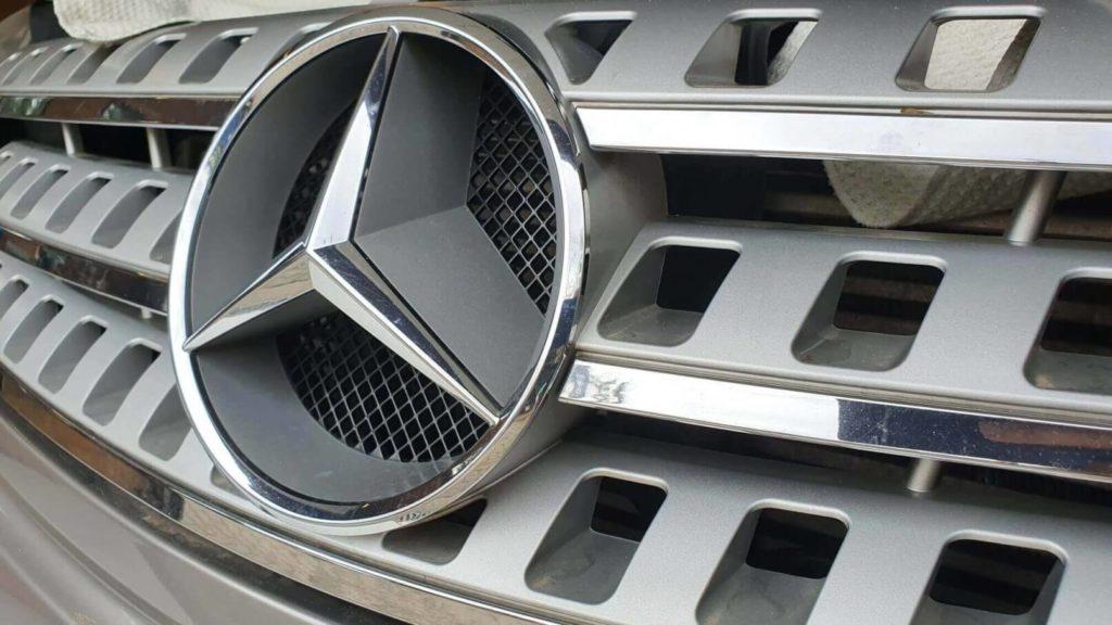 Mercedes fényszóró polírozás 2